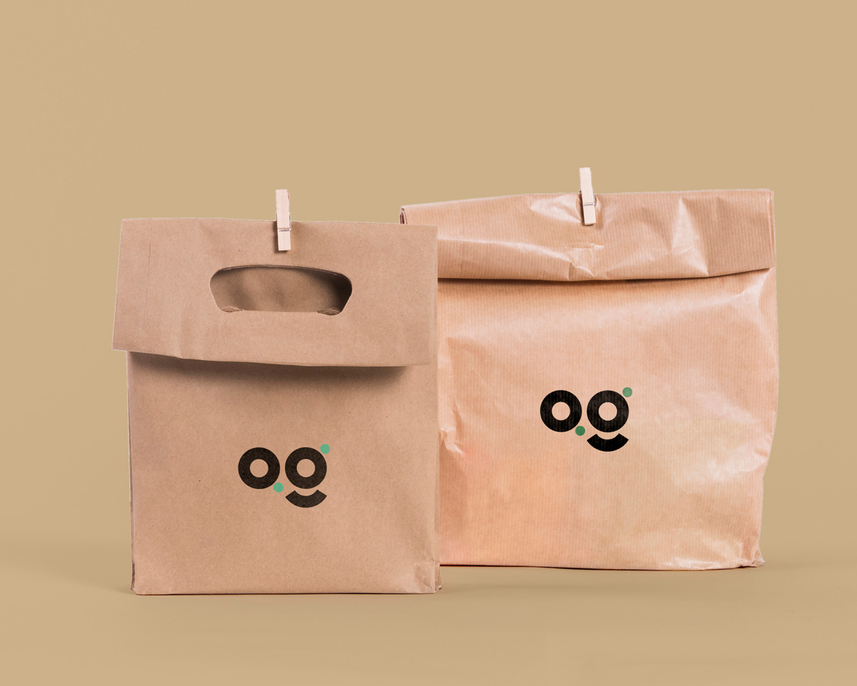 kraft paper pouches showing eco friendly and compostable packaging | Agrrro
